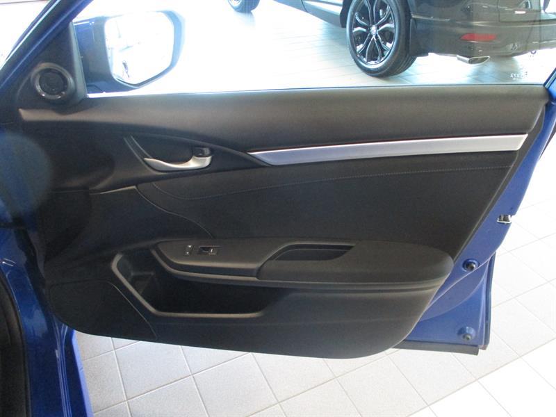 Honda Civic Sedan 31