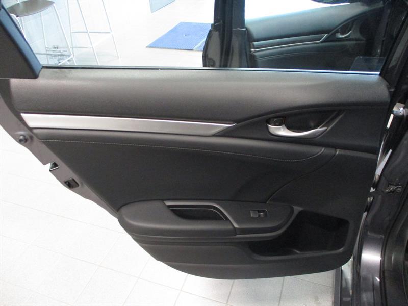 Honda Civic Sedan 29