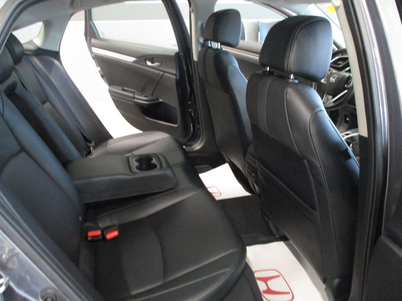 Honda Civic Sedan 34
