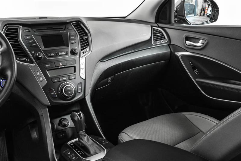 Hyundai Santa Fe XL 14