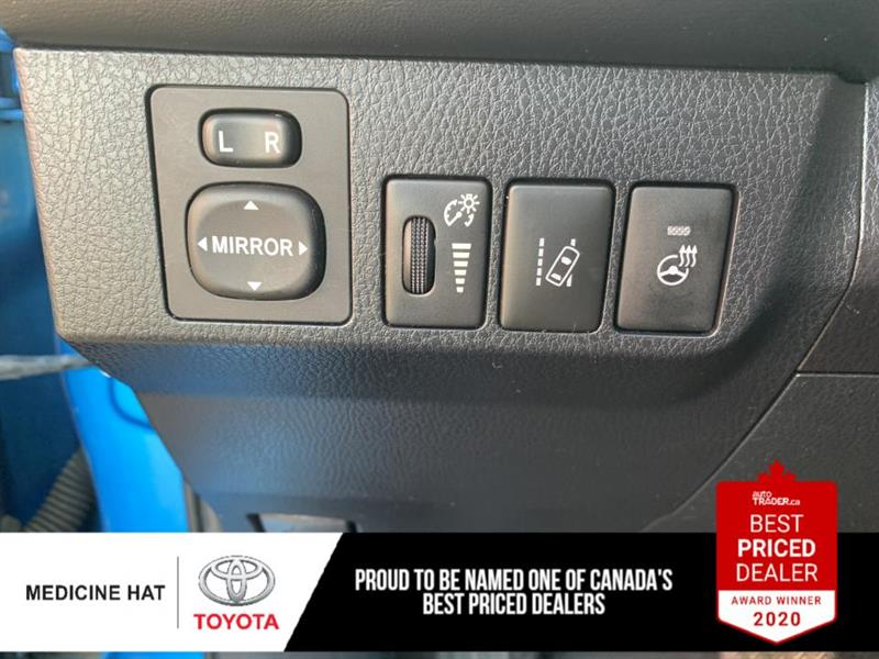toyota RAV4 hybride 2017 - 11