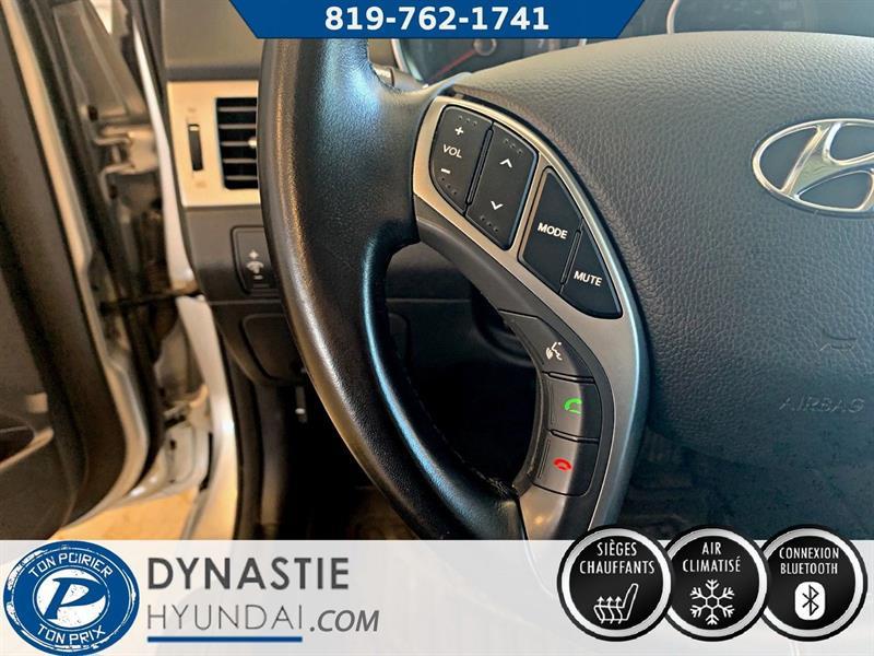 Hyundai Elantra GT 13