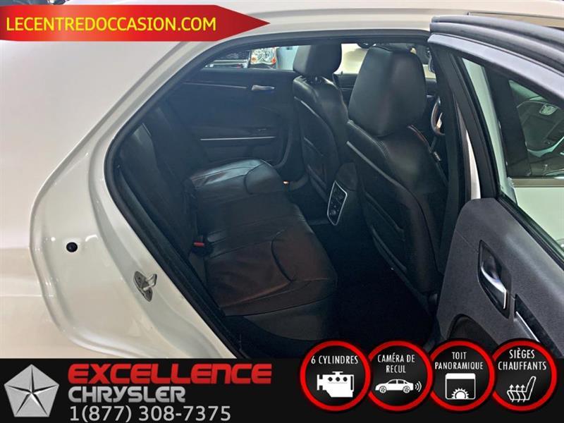 Chrysler 300 8