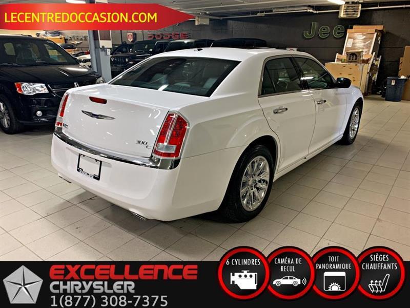 Chrysler 300 9