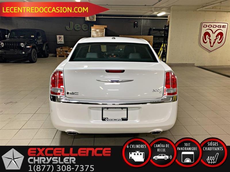 Chrysler 300 10