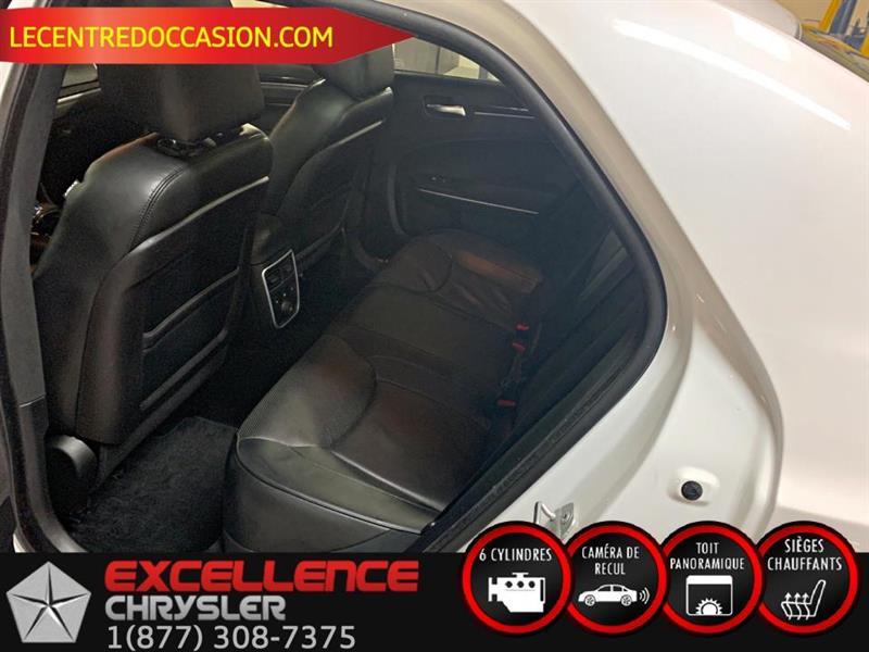 Chrysler 300 12