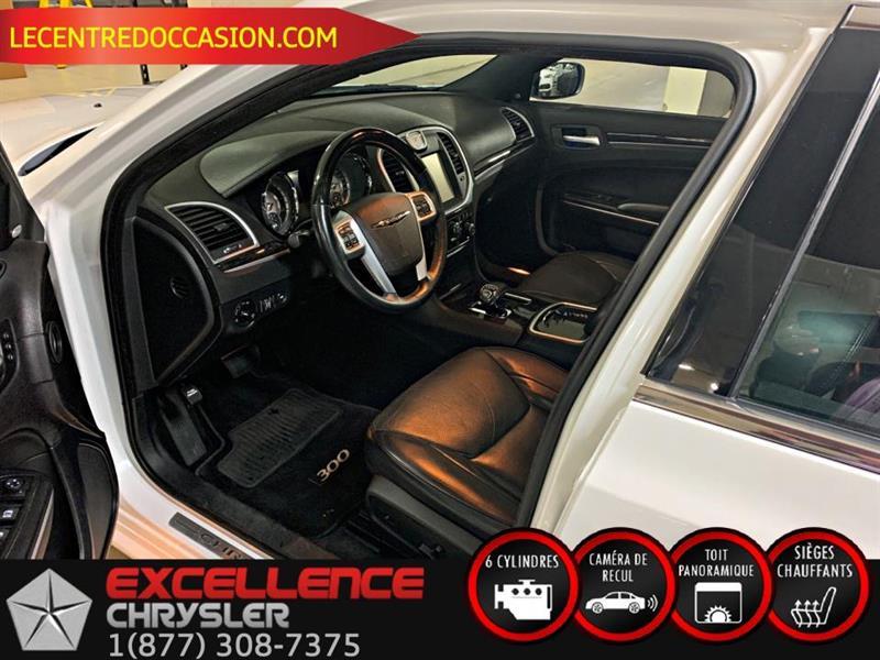Chrysler 300 13