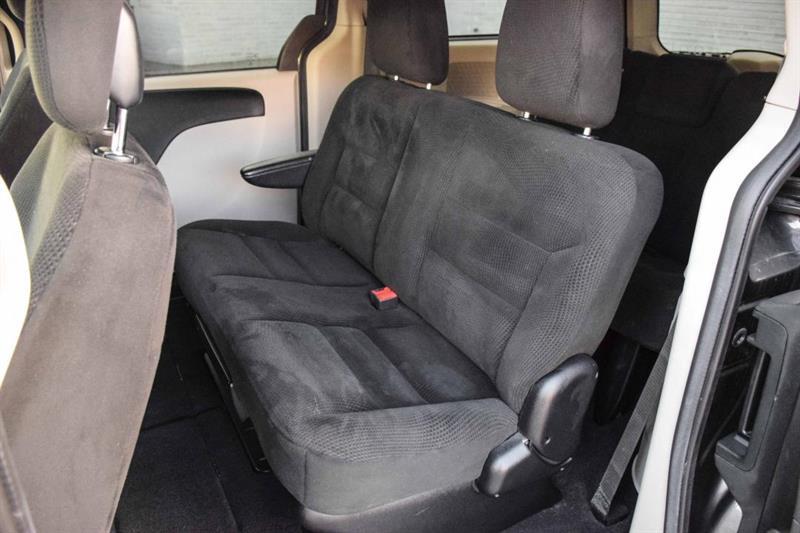 Dodge Caravan 11