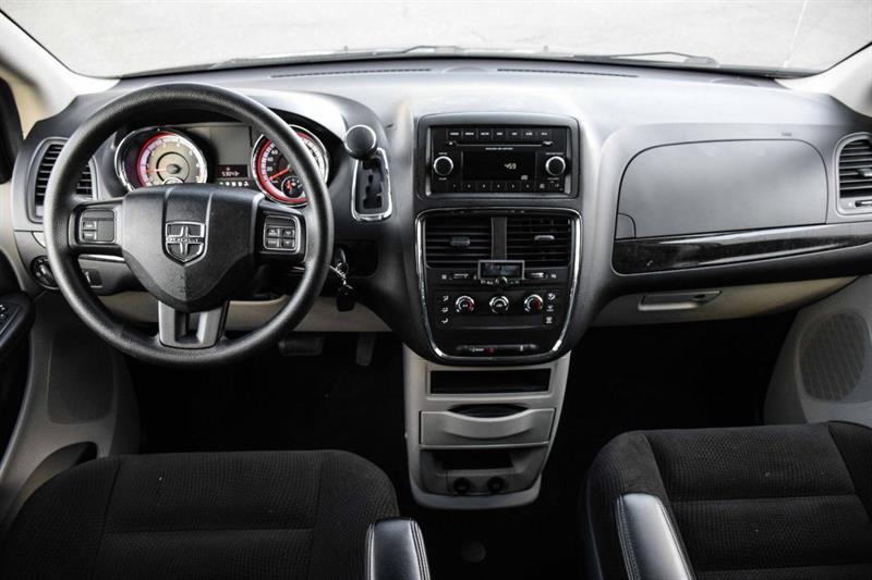 Dodge Caravan 13