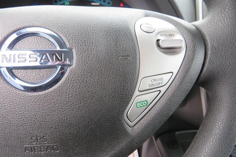 Nissan LEAF 17