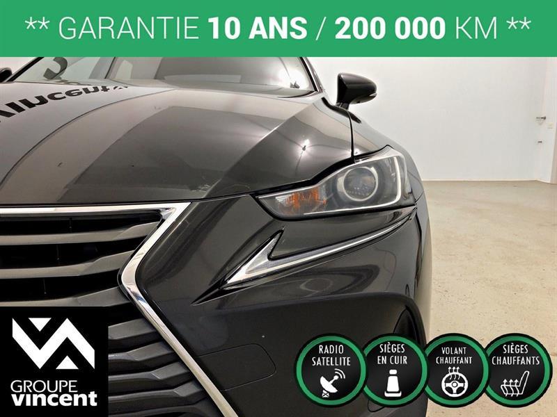 Lexus IS 300 8