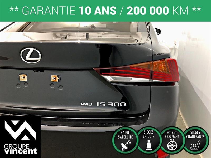 Lexus IS 300 9