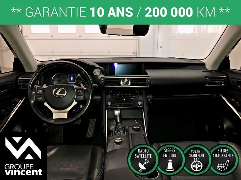 Lexus IS 300 10