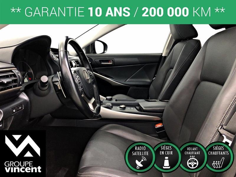Lexus IS 300 13