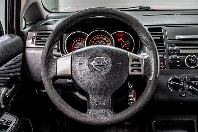 Nissan Versa 20