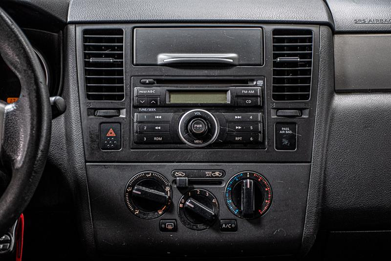 Nissan Versa 22