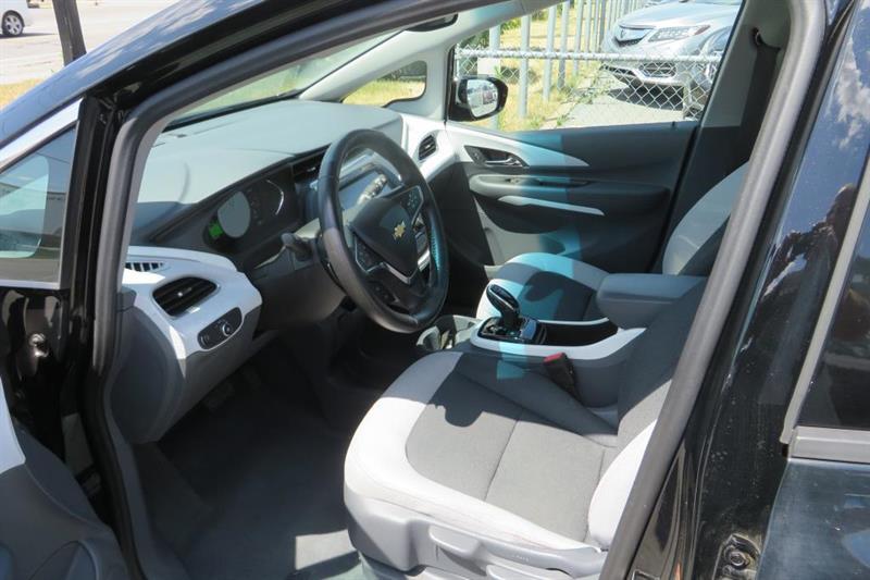 Chevrolet Bolt 10