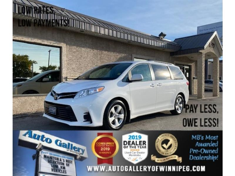 2019 Toyota Sienna LE* 8-Pass/B.cam/Htd seats #24566