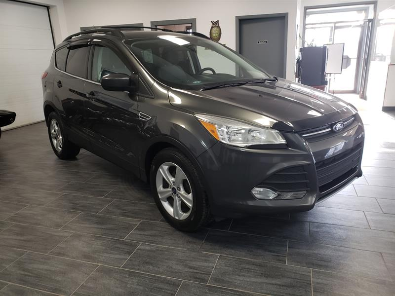 Ford Escape 2015 SE #FUA12868