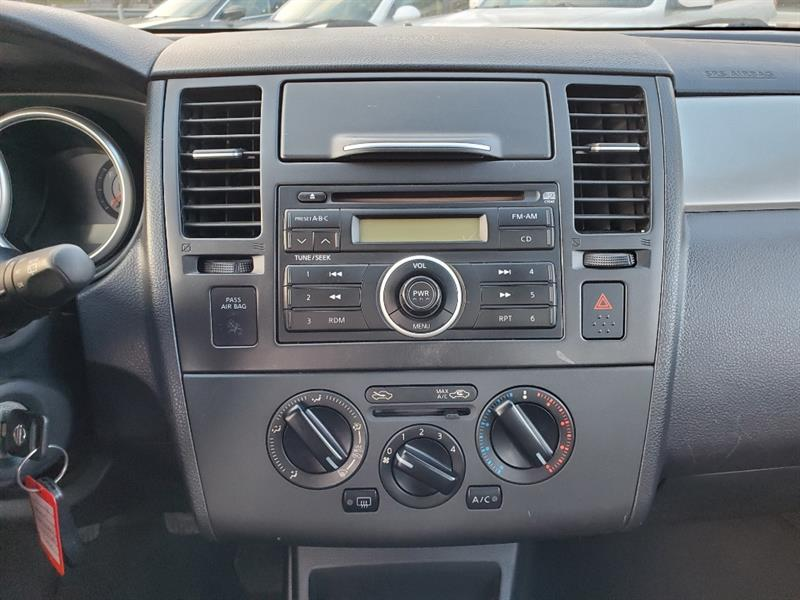 Nissan Versa 15