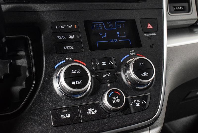 Toyota Sienna 24
