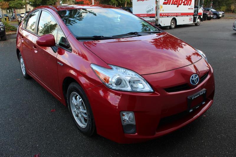 2010 Toyota Prius Hatchback - A/C. Beige Suede Seats. #12918A (KEY 43)