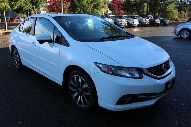 2015 Honda Civic Touring - Accident-Free! Power Moonroof. #13118A (KEY 17)