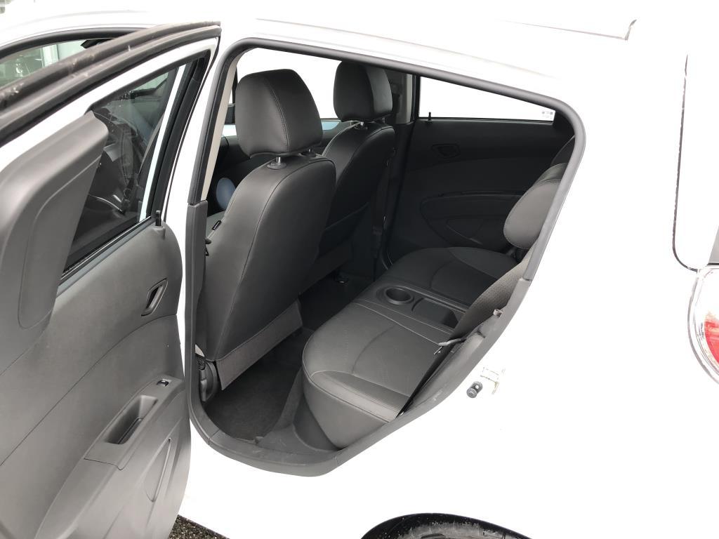 Chevrolet Spark 9