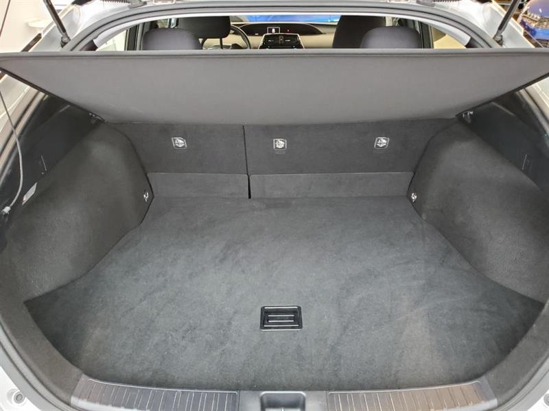 toyota Prius 2017 - 14