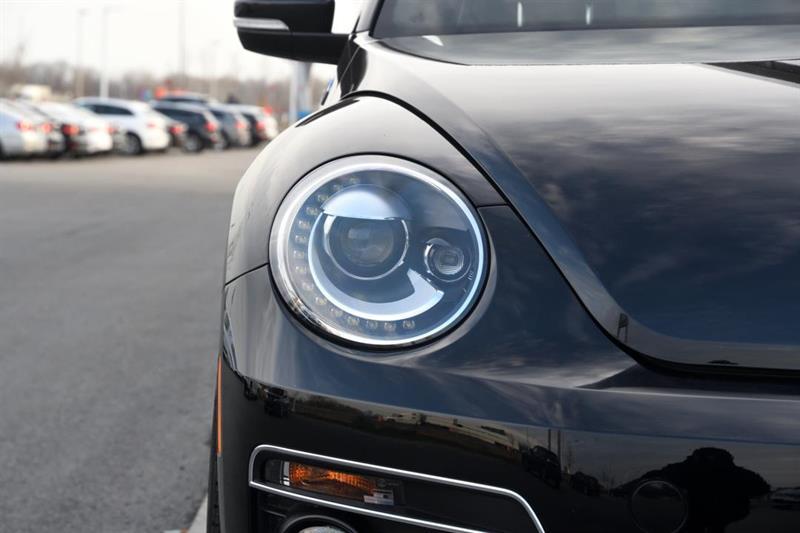Volkswagen Beetle Convertible 7