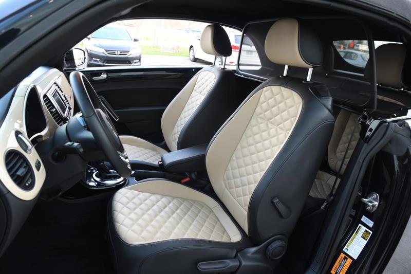 Volkswagen Beetle Convertible 15