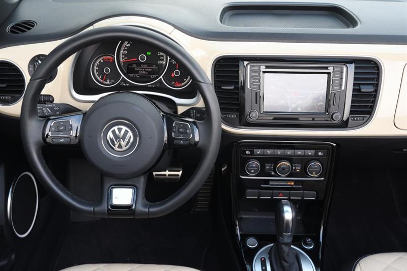 Volkswagen Beetle Convertible 30