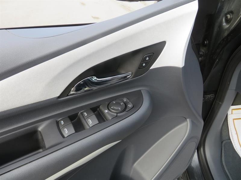 Chevrolet Bolt 14