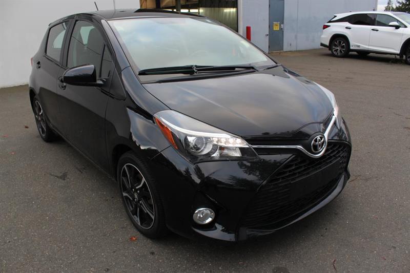2016 Toyota Yaris Hatchback SE - Bluetooth. A/C. Compact! #13077A (KEY 2)