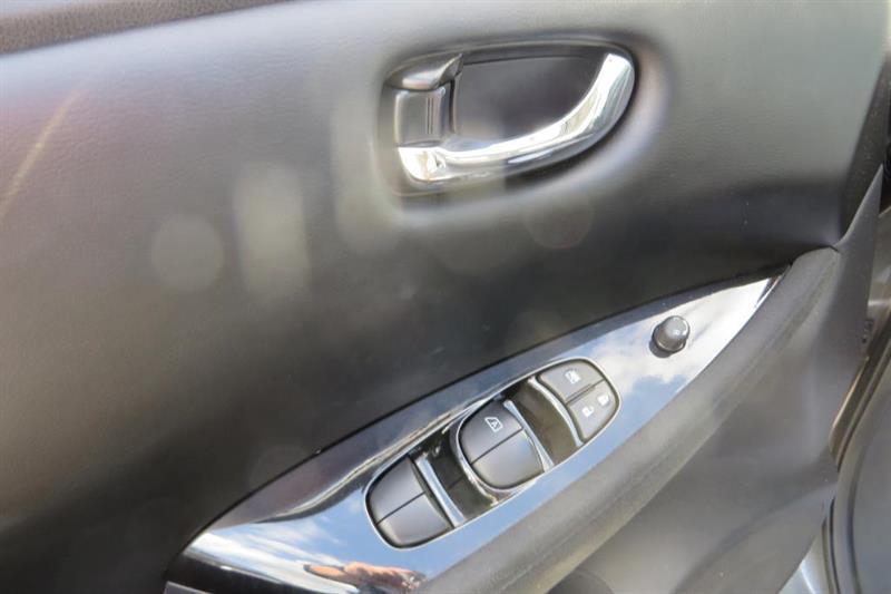 Nissan LEAF 14