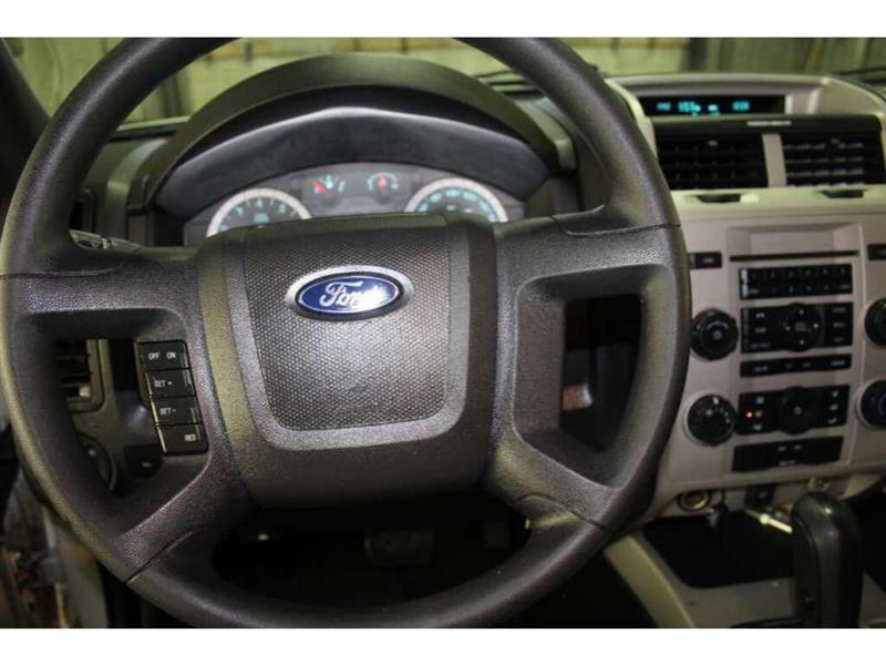 Ford Escape 25