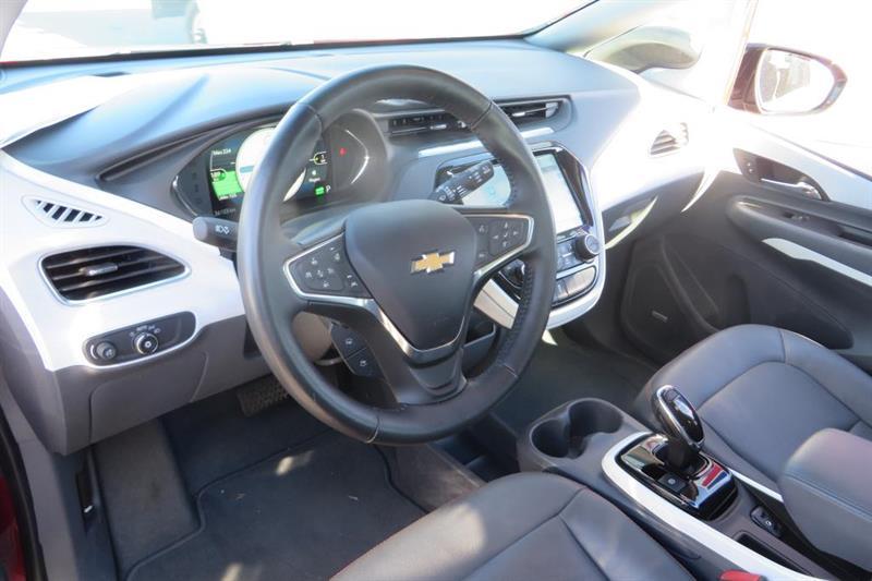 Chevrolet Bolt 13
