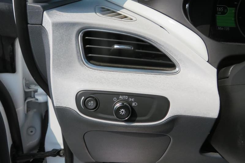 Chevrolet Bolt 15