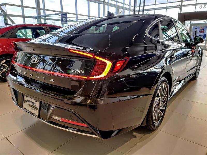 Hyundai Sonata Hybrid 3