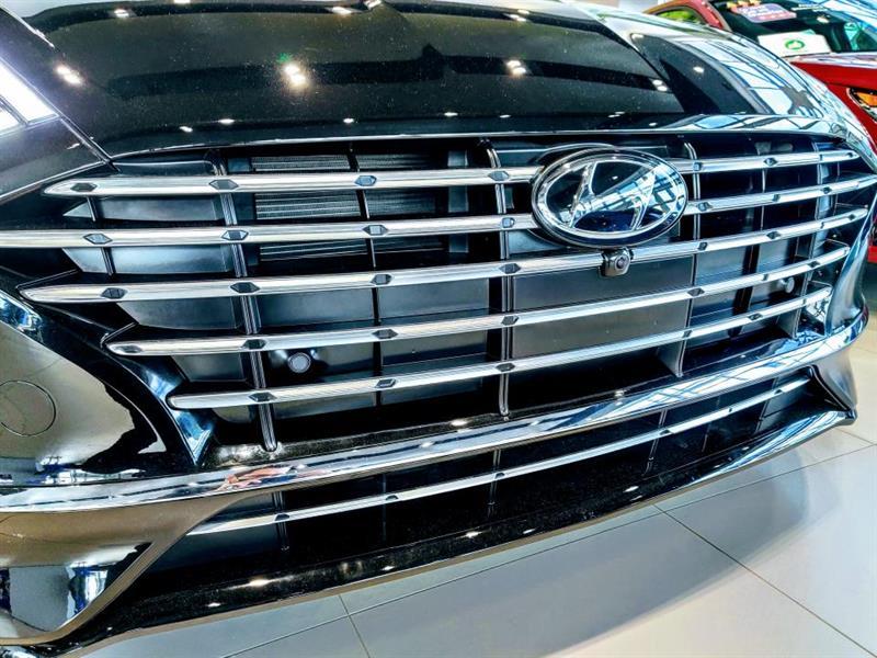 Hyundai Sonata Hybrid 7