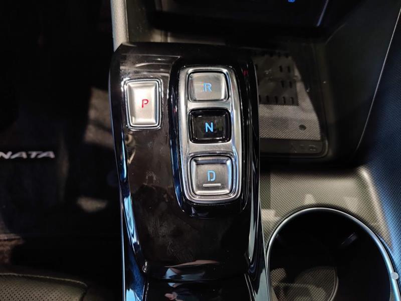 Hyundai Sonata Hybrid 29