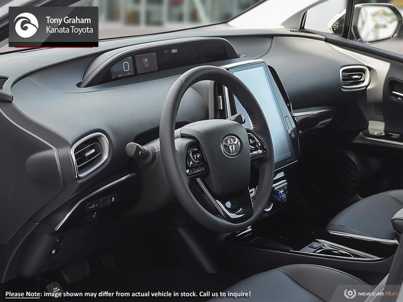 toyota Prius Prime 2021 - 12