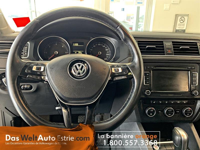 Volkswagen Jetta Sedan 15
