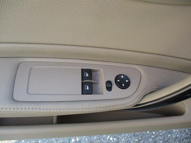 BMW 1 Series 12
