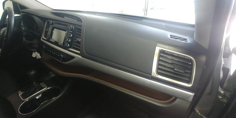 Toyota Highlander 8