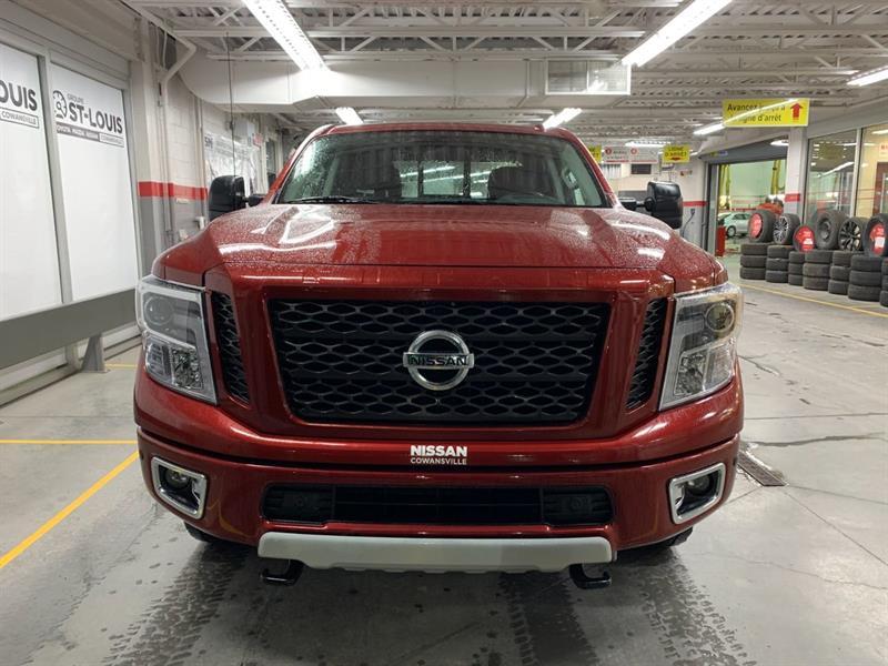 Nissan Titan 2