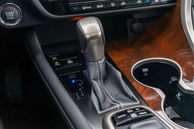 Lexus RX 350 17