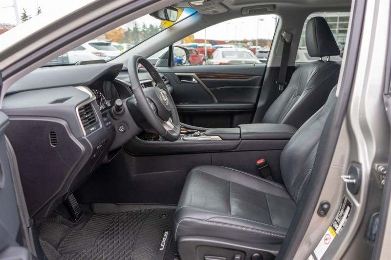 Lexus RX 350 27