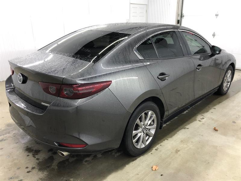 Mazda 3 25