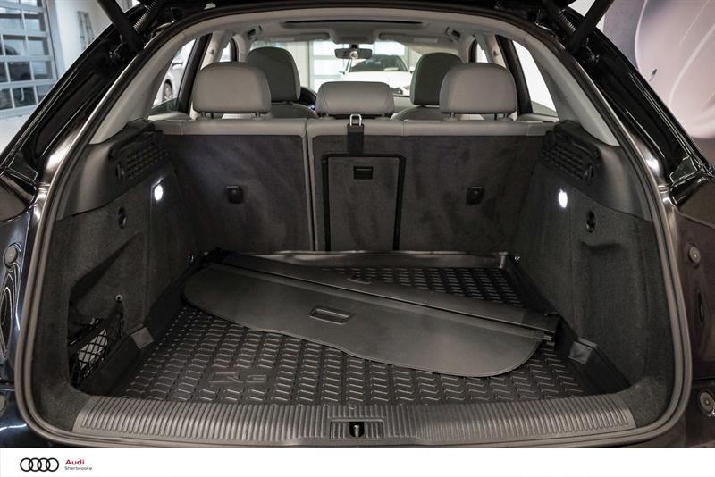 Audi Q3 22